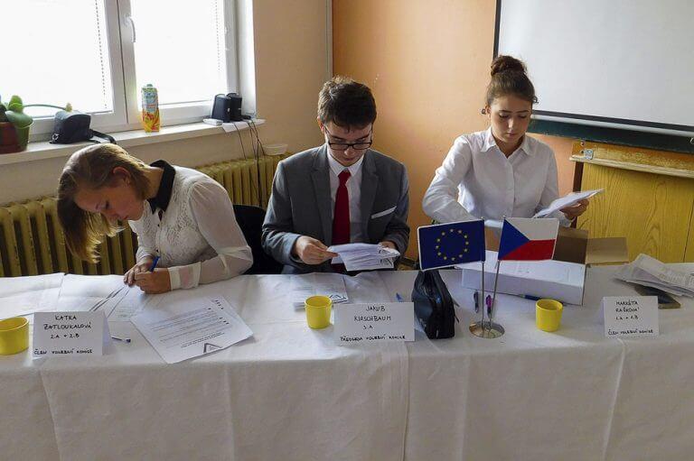 Studentské volby (2)